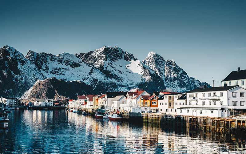 Things to do in Norway - Henningsvær village at the lofoten
